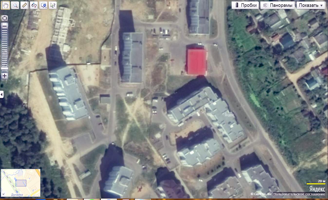 Спутниковый снимок дома 146 и его окружения в 2011 году
